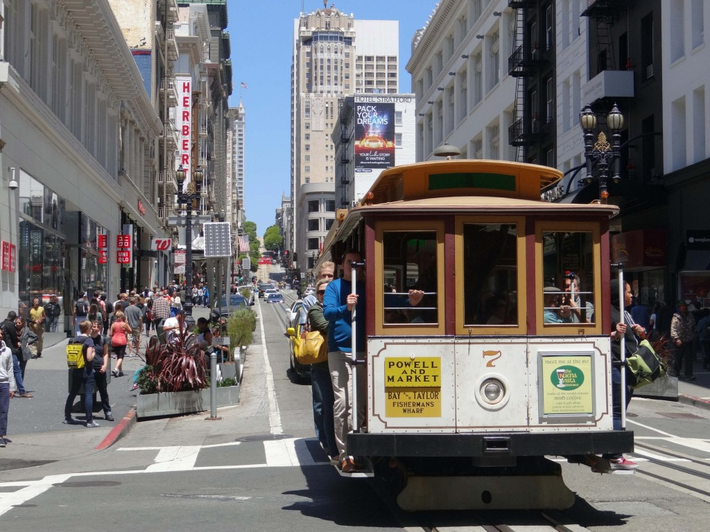 021-hop-on-the-cable-car-san-francisco-usa